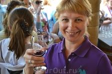 На дегустации местных вин
