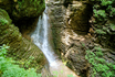 """Медленная прогулка по теннистой сказочной дороге насыщает организм энергией.  И вот мы приближаемся к следующему водопаду,который называется""""Сердце Руфабго"""" ..."""