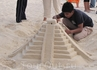замки из песка. понятно, мексиканскя тематика