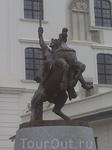 Памятник Святополку.