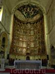 Роспись этого алтаря считается одним из самых важных произведений испанской живописи XV века. Это 53 отдельных картины, повествующих о жизни Христа и Девы Марии, расположенных в пять рядов по 11 карти