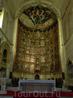 Роспись этого алтаря считается одним из самых важных произведений испанской живописи XV века. Это 53 отдельных картины, повествующих о жизни Христа и Девы ...