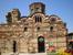 Церковь Христа Пантократора (пер. половина XIV в.). Крестово-купольная церковь с тремя алтарными нишами и нартексом, длиной 16 м и шириной 6,7 м. Крестовидная часть здания оформлена четырьмя колоннами