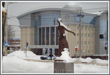 здание Верховного Суда Чувашской республики на Президентском бульваре