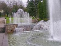 Каскад фонтанов на бульваре