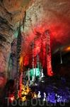 Чего только природа не сотворяет!!! Пещера классная. Всем советую там побывать, если представится такая возможность.