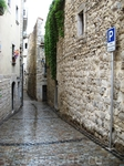 Узкие улочки... мы подходим к еврейскому кварталу
