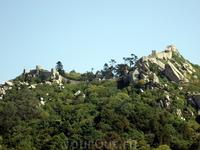 Синтра. Развалины мавританской крепости.