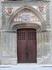 Церковь Святого Мартина, давшая название этому двору, находится в северо-восточной части крепостной стены и даже использует одну из башен в качестве ризницы ...