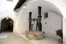 колодец в крепости Хоэнзальцбург (Hohensalzburg)