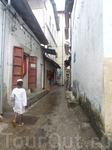 узкая улочка в Занзибар-Тауне
