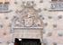 Главный вход в дом естественно тоже украшен богатым орнаментом, здесь и гебр с лилиями семьи Мальдонадо, поддерживаемый львами, и сирены, и ангелочки, украшающие всю конструкцию.  Дом и правда фантаст