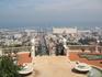 С верхних террас открывается обалденный вид на город и порт.