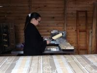 а это процесс изготовления вафель