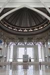 Масштабы молитвенного зала поражают воображение