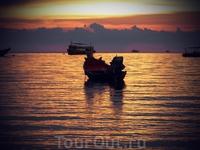 Остров Ко Тао, провинция Чампхон. Закат.