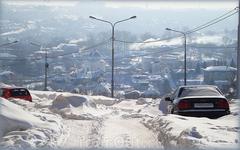 вид на Владимирскую горку со стороны улицы академика Крылова