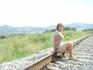 Вы никогда не ловили себя на мысли, путешествуя поездом, что хотите остановить поезд на время среди цветочных полей, берегов водоемов или древних лесов ...