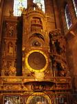 Астрономические часы собора.