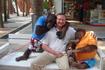 У входа в тропический сад можно было пообщаться с такими вот милыми ребятами-орангутангами.