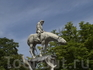 На противоположном от Инцель - Майнау берегу Боденского озера находится город Юберлинген, а в нем на набережной - прикольный сюжетный фонтан.