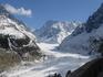 Русло ледниковой реки-спуск по нему 22 км-пол дня