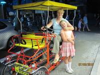 Мы то же попробовали! Оказалось не для слабонерных, т.к. крутить педали довольно сложно и без опыта управления транспортным средством вообще праблематично ...