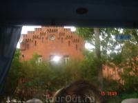 этот дом был построен для мастеров, работавших на кренгольмской мануфакутре