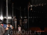 на смотровой площадке башни Бурдж-Халифа 1