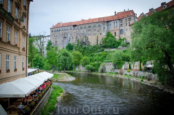 Крумловский Замок. Его фотали с разных сторон. Не знаю, но нас это впечатлило сильно.