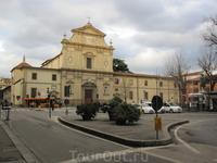 Монастырь Сан-Марко был основан в начале XII века. В 1437 году монастырь был отдан доминиканскому ордену. Реконструкция всего ансамбля была проведена под ...