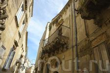 Ажурные балкончики и дворики...Лечче