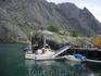 Такие паромчики перевозят вас с острова на остров на Луфутуне