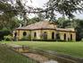 А это дом, в котором последнии часы провел император Карл Австрийский. Сейчас и парк и дом в запустении, редкие туристы забредают туда