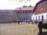 На территории Акерсхуса так же расположены и конюшни (наверное мин.обороны)