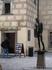 В Праге есть памятник пионеру. Чехи, будучи людьми с юмором, всегда интересовались, а какого пола пионер. Властям это надоело и статуе был приделан… Ну ...