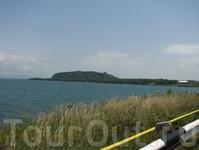 Бывший остров, а теперь полуостров Севан