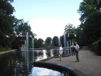 Фонтаны в парке Розового Замка.