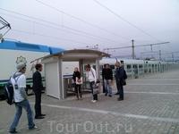 В Самарканд из Ташкента ходит суперсовременный поезд, который довезет вас туда за 2 часа и 31 доллар. Поезд типа Сапсана, но лучше. Почему? Сейчас продемонстрирую ...
