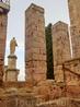 Башне не зря дали такое имя, ведь она примыкала к площади Администрации Провинции, Форуму. Эта площадь была огромной, второй по величине в Римской Империи ...