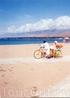 Если есть желание, можно прокатиться на рикше, но только на побережье. Своего рода аттракцион.