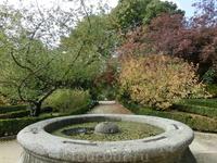 """В общем, ботанический сад - прекрасное место для прогулок, да и находится он рядом со знаменитыми музеями """"золотого треугольника""""."""