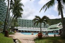 Отличный отель с собственным изолированным шикарным пляжем - всем рекомендую