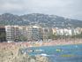 Вид на пляж и город