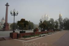 Калининград площадь Победы в утренней дымке