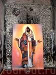 Ованаванк. Современный Иисус Христос на фоне древних барельефов