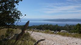 Прогулка в горы, к селам Баст и Топичи. Вид на острова Брач и Хвар