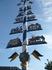"""шест с призами на ярмарке,на площади Оптового рынка(Viktualienmarkt)-(когда-то здесь торговали солью и скотом )-пёстрое  шумное зрелище,а так же """"пивной ..."""