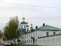 Основан в 1584—1591 годах. Вначале все постройки были деревянными и уже в 1609 году монастырь был сожжен поляками. Восстанавливался в 1620—1629 годах сначала ...