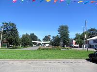 Главная площадь Романова носит имя Ленина. На заднем плане - каланча